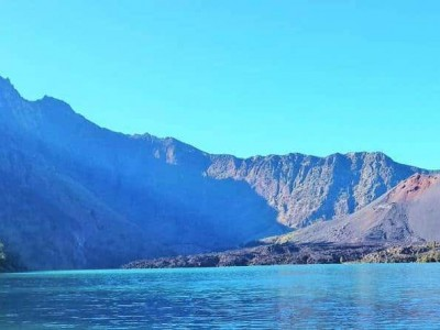 mount rinjani hike